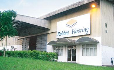 罗宾地板公司成立于2000年,是一家领先的层压板地板制造商,位于马来西亚帕行市门塔卡